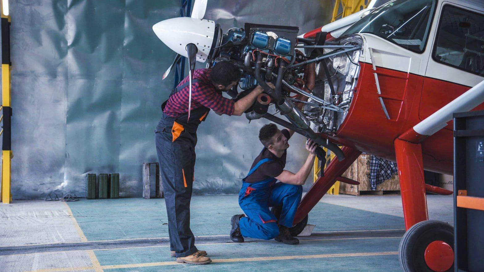 airplane-repair-01
