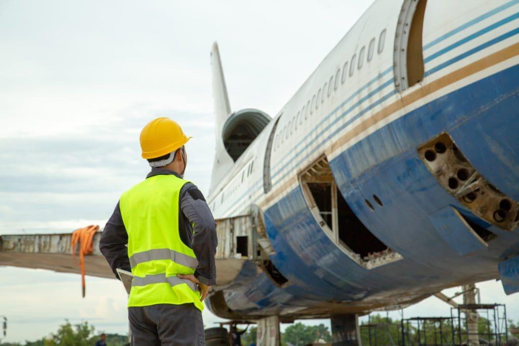 airplane-repair-04